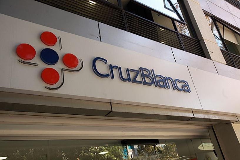 Confirman millonarias multas aplicadas por Superintendencia de Salud a isapre Cruz Blanca