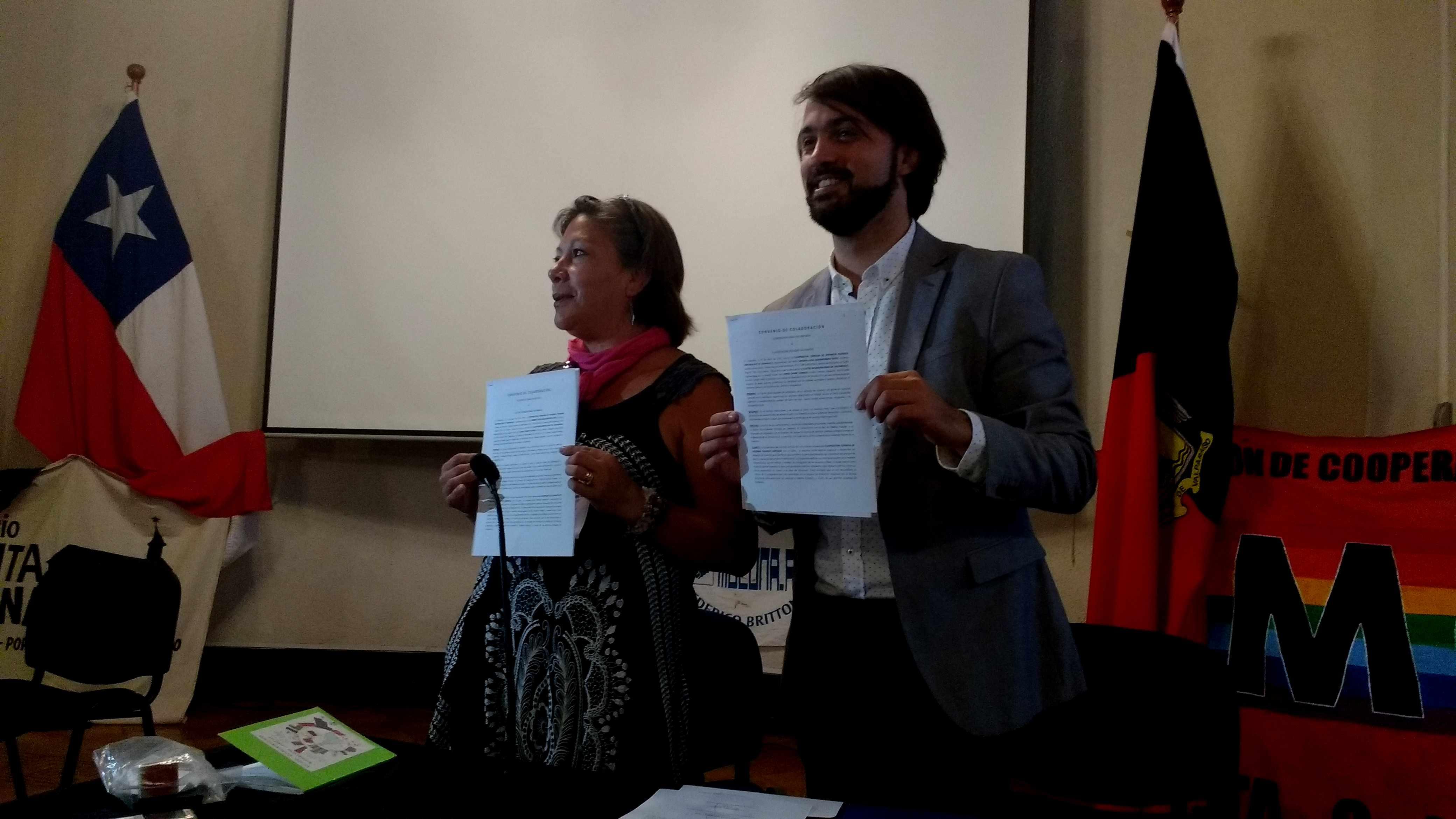 Municipio de Valparaíso firma convenio con cooperativa de vivienda porteña