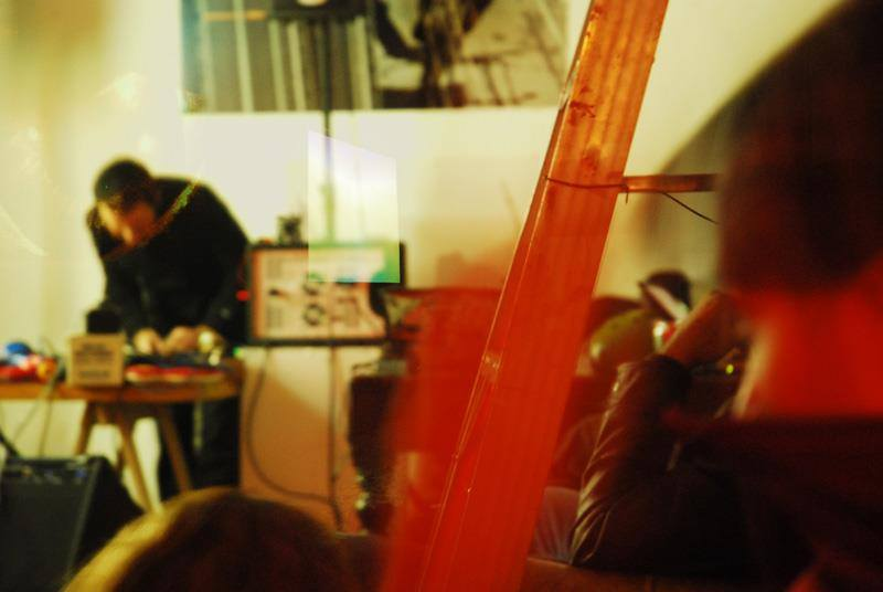 «Sesión Sonora»: Improvisación-Ruido-Electrónica este sábado en Valparaíso