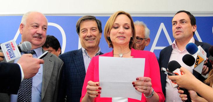 Goic encabeza lista de políticos con parientes en el Estado cortando arriba de 5 palos