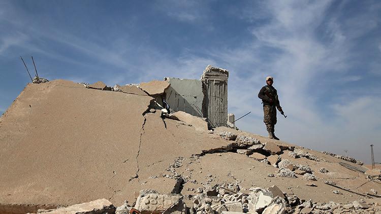 El Ejército sirio rompe el cerco yihadista a una base militar en Deir al Zur