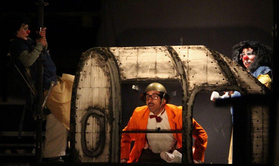 """La Patogallina levanta el vuelo y realizará gira de su obra """"Viaje a la Luna"""" por tres regiones con actividades gratuitas para toda la familia"""