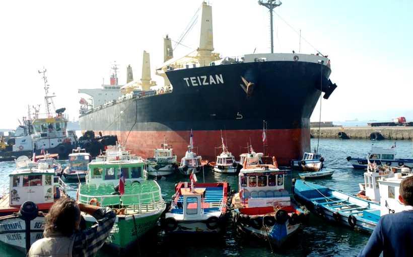 Valparaíso: Colisión en muelle Prat devela negligencia portuaria
