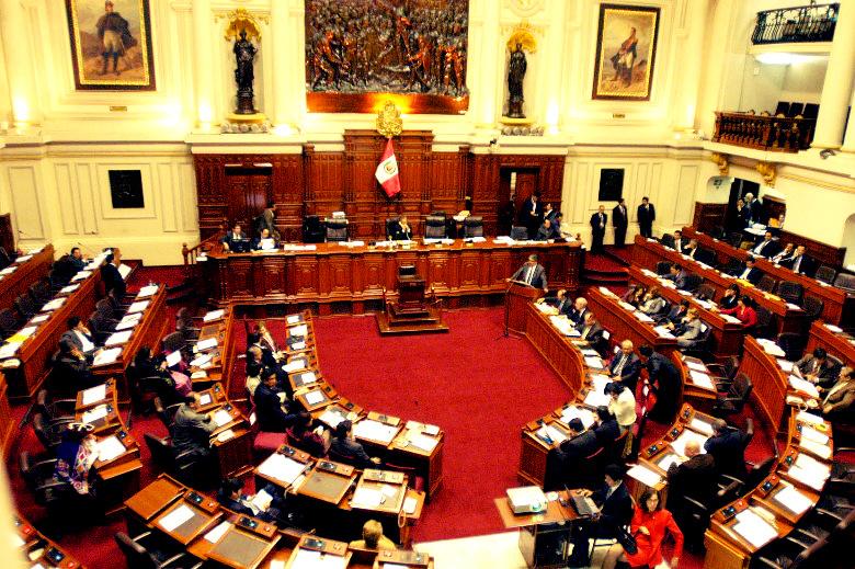 Perú: organizaciones de mujeres reclaman cuota de género en la reforma electoral