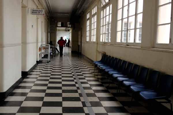 Condenan a Hospital Salvador a pagar indemnización por mal tratamiento de Virus AH1N1