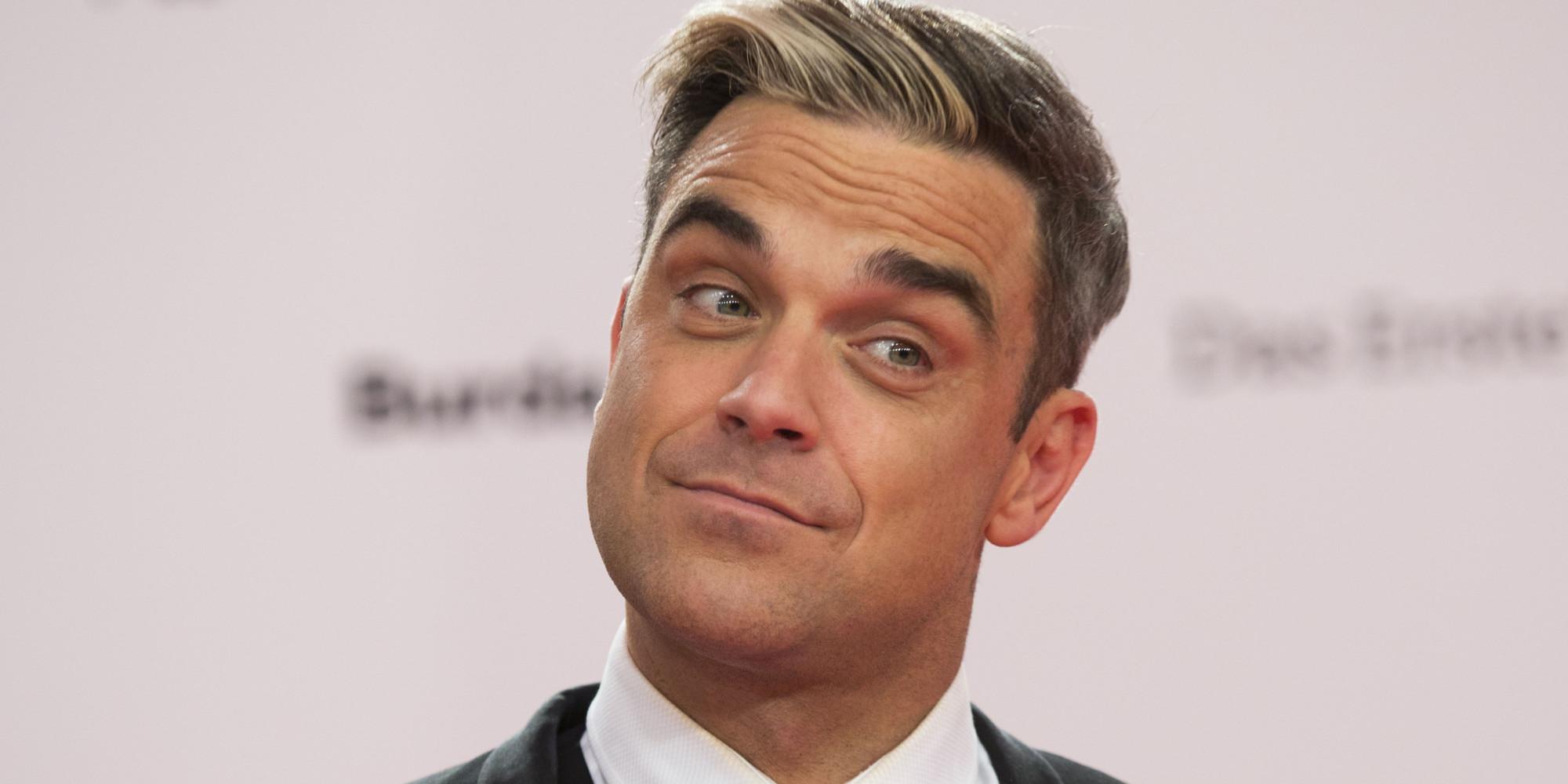 El difícil momento de Robbie Williams: cantante sufrió ataque de pánico