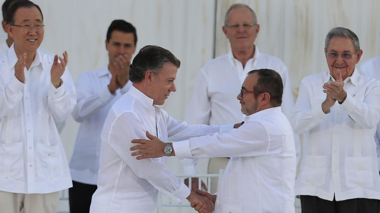 Colombia: líder de las Farc hace una encuesta para definir el nombre del futuro partido político