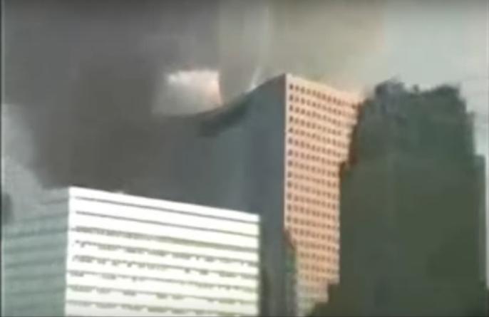 """Ex agente de la CIA confesó haber participado en la """"demolición controlada"""" de la Torre 7 durante el 11-S"""