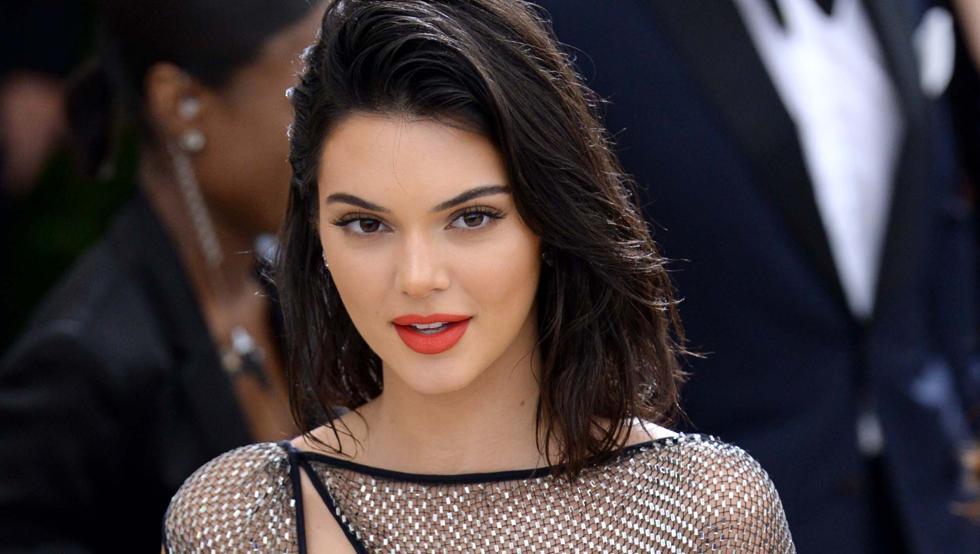 Kendall Jenner se desnuda ante las redes por un importante motivo