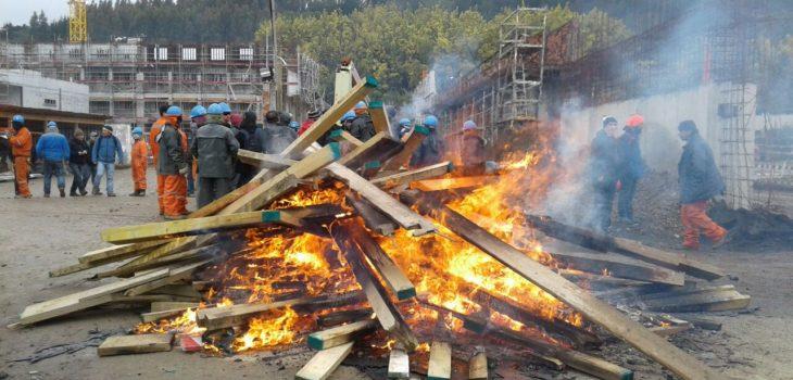 Concepción: Trabajadores se tomaron obras de Cárcel de El Manzano por problemas con la empresa