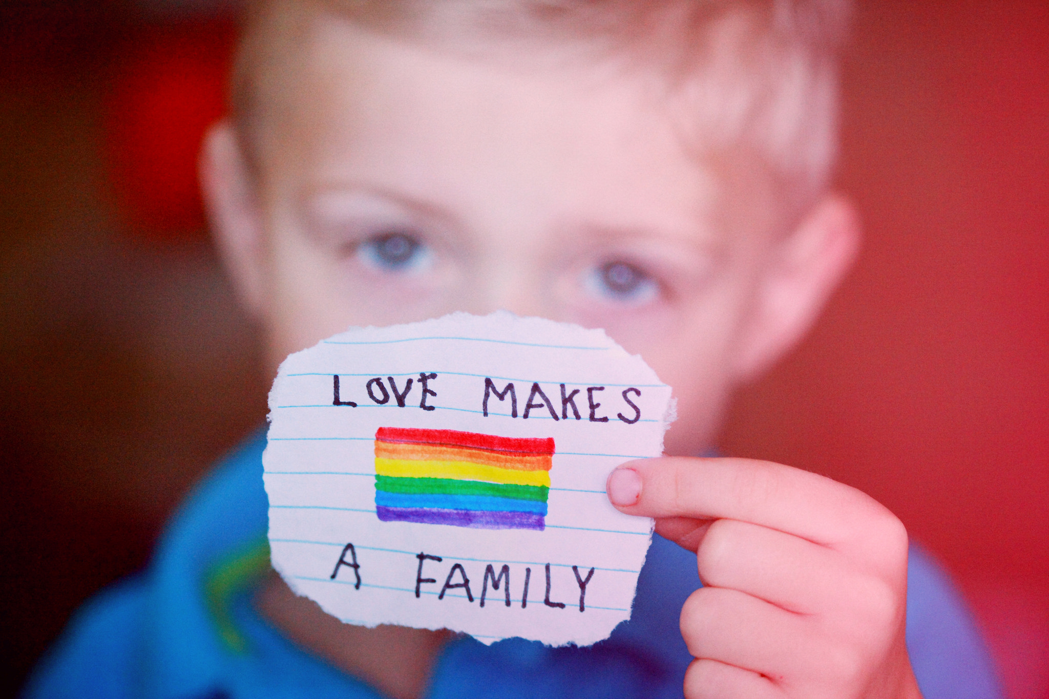 """Fundación Todo Mejora:""""El derecho al amor y bienestar de los niños puede pasar con una familia homoparental, lesbomaternal o heterosexual"""""""