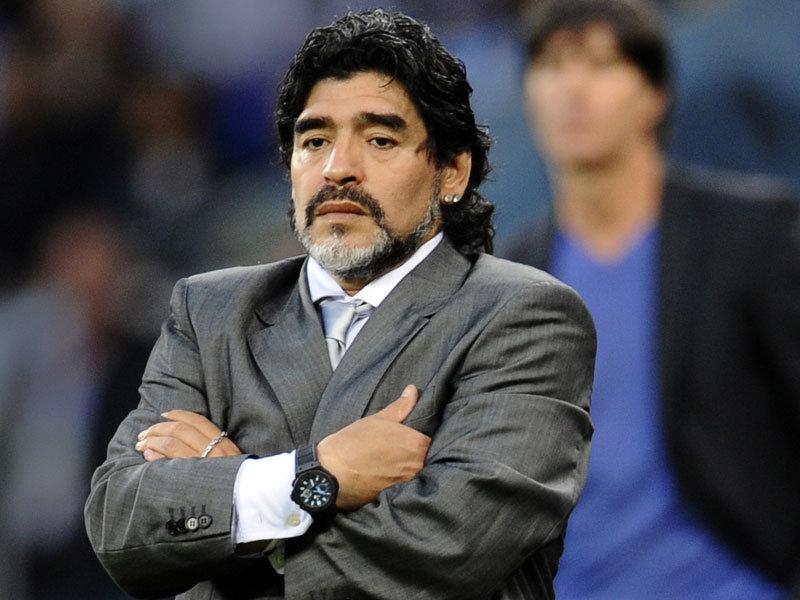 Maradona se cuadra con Maduro: «Cuando ordene estoy vestido de soldado para una Venezuela libre»