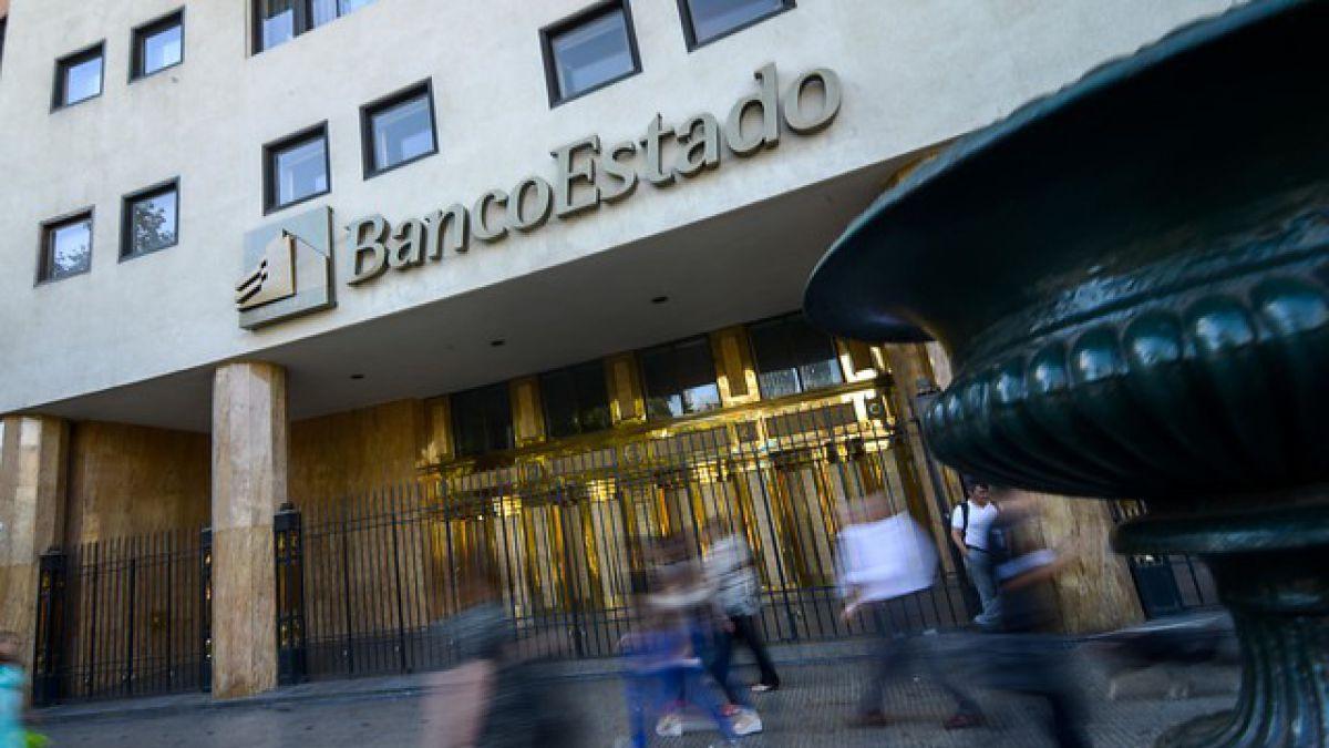 Los contratos de BancoEstado con parlamentarios que la norma prohibe