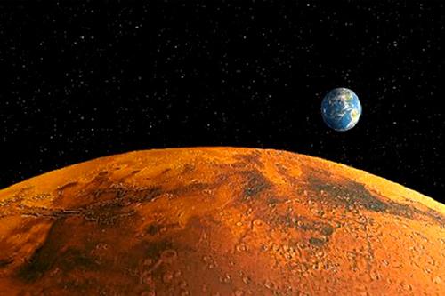 Estudio liderado por la U. de Chile determina la ubicación de agua líquida en el planeta Marte