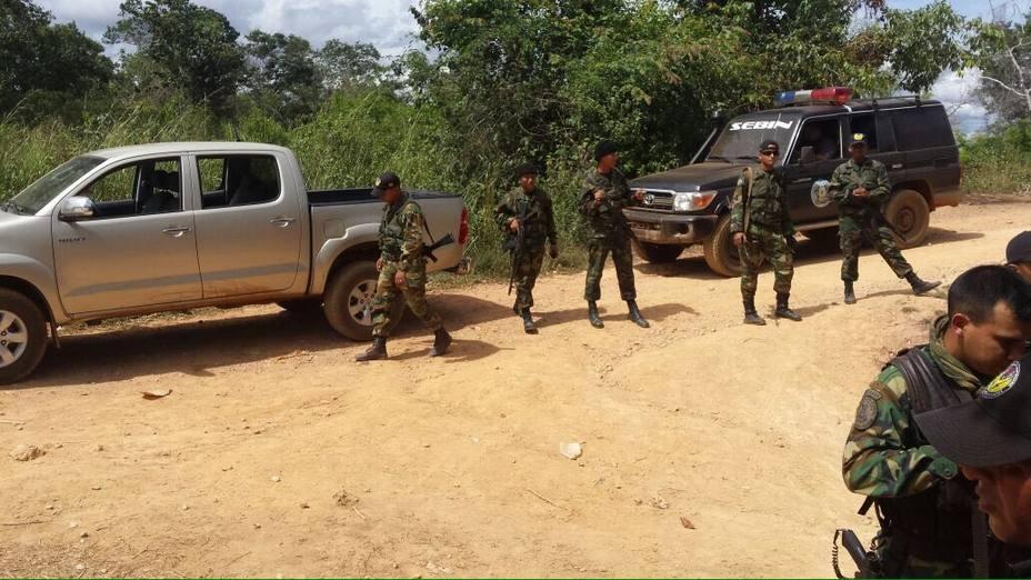 Venezuela: 11 hombres mueren en enfrentamiento entre el Ejército y un grupo armado