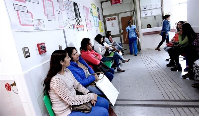 Informe del Ministerio de Salud  sostiene que el 69% de las atenciones en lista de espera son de personas de bajos recursos