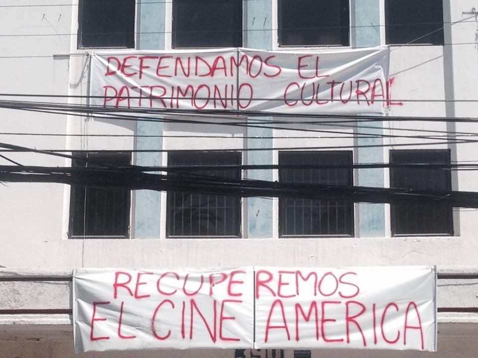 Municipio de Santiago se querellará por cuasi delito de homicidio tras derrumbe en edificio del ex cine América