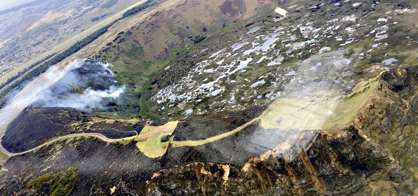 Gobierno anuncia querella por incendios forestales en Isla de Pascua