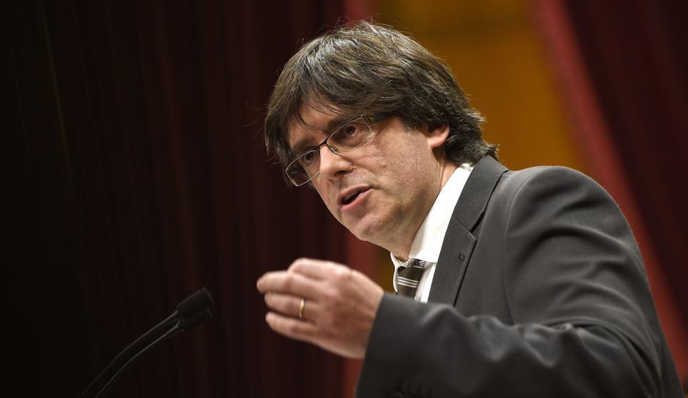 Cataluña: un juez belga interroga a Puigdemont y lo deja en libertad condicional