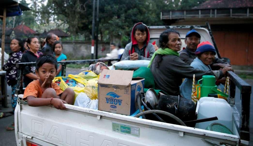 Indonesia: 35 mil personas son evacuadas por erupción del volcán Agung en Bali