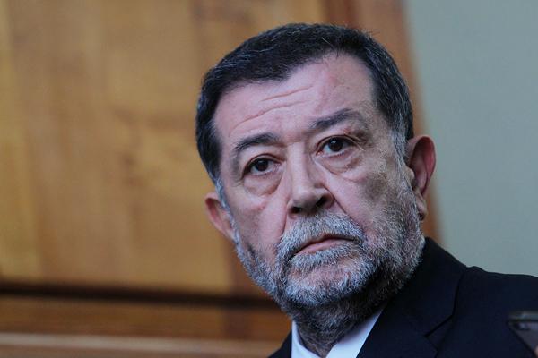¿Se acabaron las vacaciones? Aleuy vuelve a La Moneda «de manera oficial» tras liberación de mapuches por «Operación Huracán»