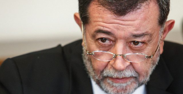Ernesto Águila y las «vacaciones» del subsecretario del Interior: «La línea dura de Aleuy quedó aislada dentro del gobierno»