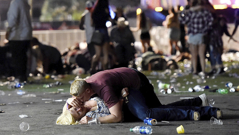 La historia detrás de una de las fotos más conmovedoras de la masacre de Las Vegas