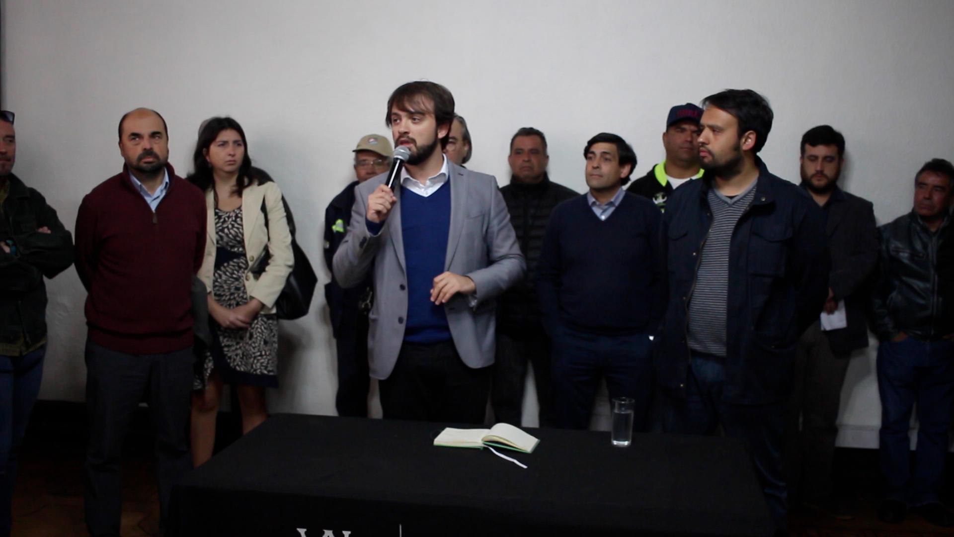 Valparaíso: Trabajadores del aseo retoman sus labores tras acuerdo con el municipio
