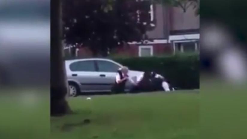 Gran Bretaña: policía noquea brutalmente a un boxeador mientras lo detenía (Video)
