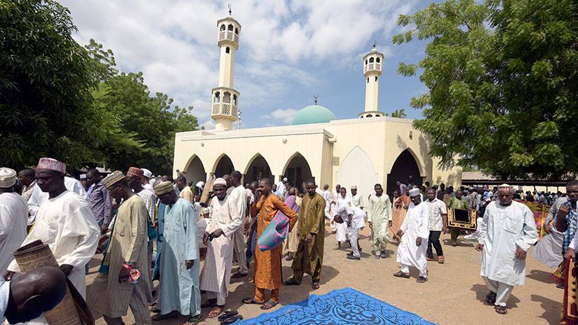 Nigeria: mueren al menos 50 personas en un ataque suicida