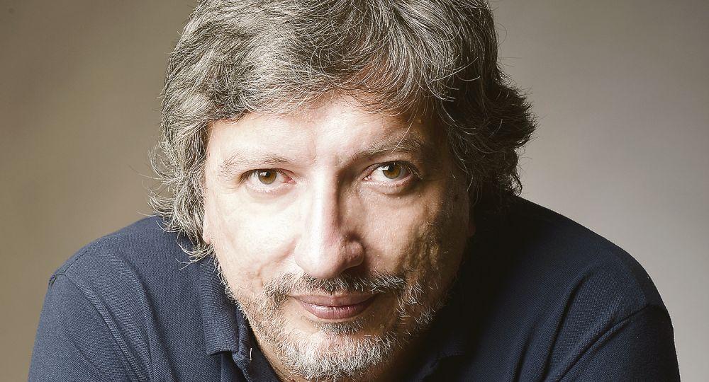 """Sergio Olguín, escritor argentino: """"Hay una gran influencia de la televisión y el cine en la escritura"""""""