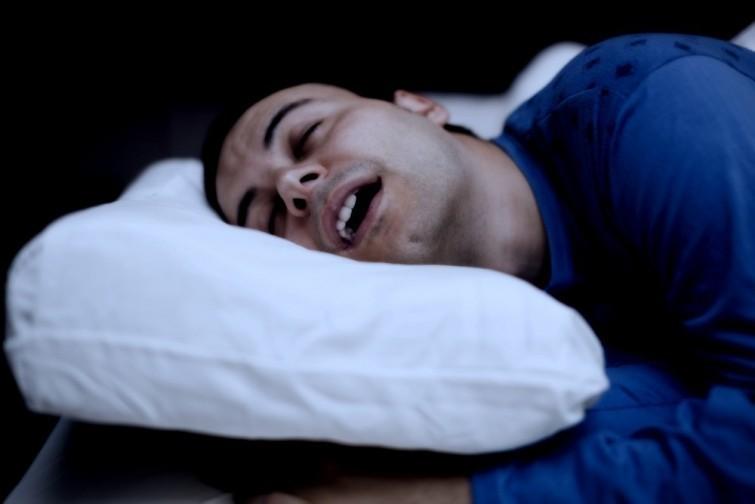 Si babeas al dormir, eres muy afortunado y deberías saber por qué