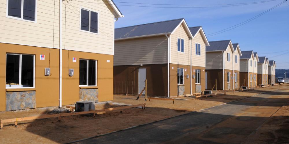 Cobre por viviendas: La apuesta de Sharp para aprovechar alza del metal rojo