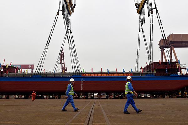 China lanza el primer buque de carga a electricidad y con cero emisiones de carbono