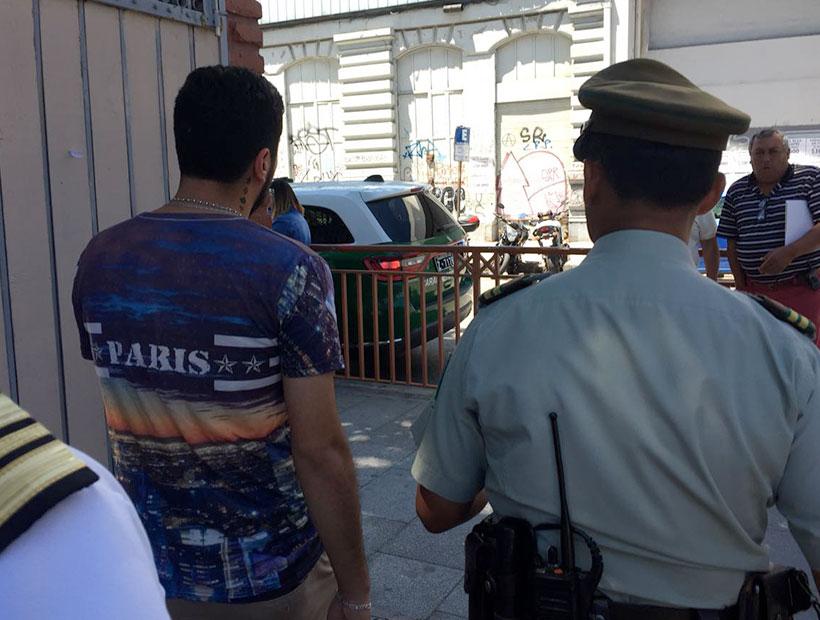 Vocal de mesa es detenido en Liceo Bicentenario de Valparaíso acusado de «intervencionismo»