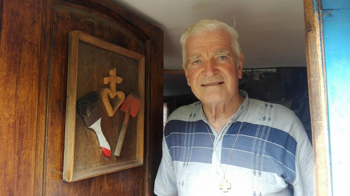 Mariano Puga, cura obrero: «El dios mercado se comió a los cristianos»