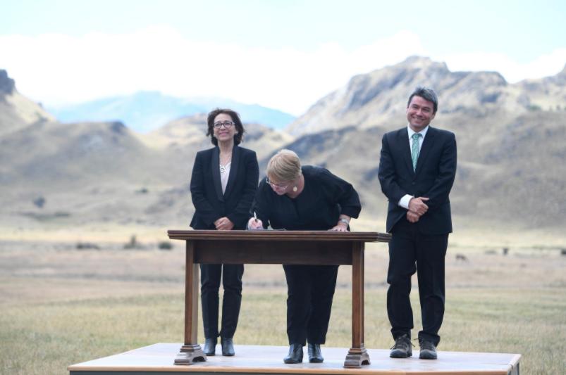 """""""Es violento que se llame Kawesqar y no contemple el mar"""": Cuestionan Consulta Indígena por uno de los parques de la nueva Red Patagonia"""