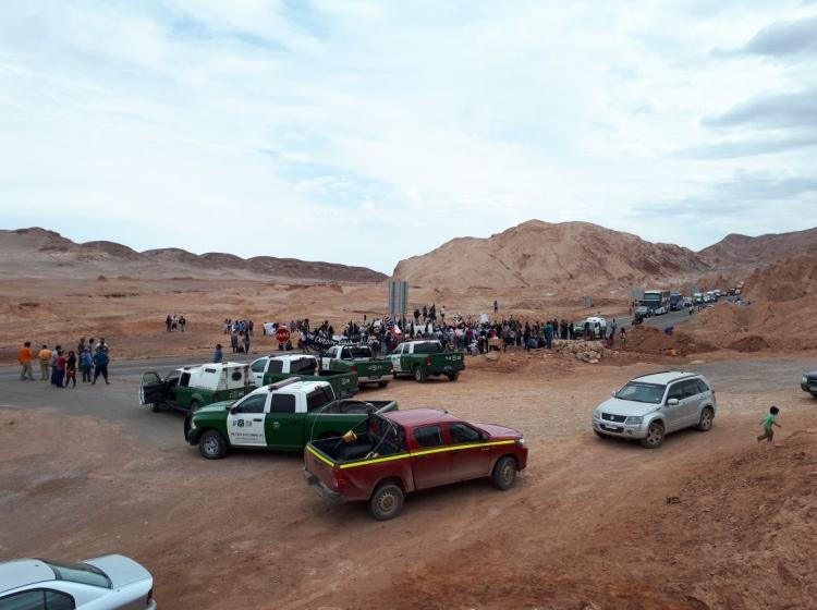 Consejo de Pueblo Atacameños bloqueó acceso a San Pedro de Atacama