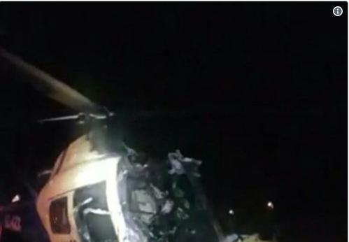 Así quedaron los tres helicópteros siniestrados esta madrugada en cercanías de lugar donde papa realizará una misa. También quemaron una capilla
