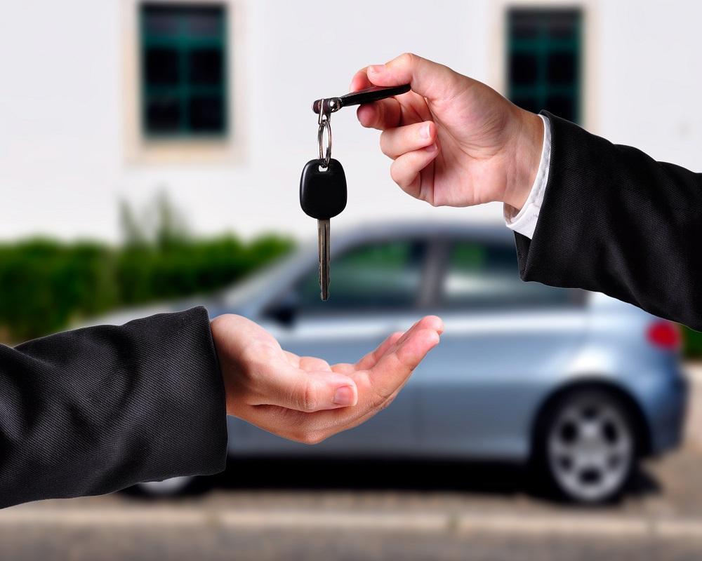 El A, B, C para comprar el primer auto