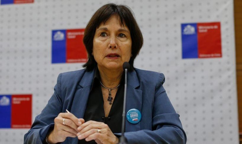 Ministra de Salud, Carmen Castillo renunciará a millonario bono