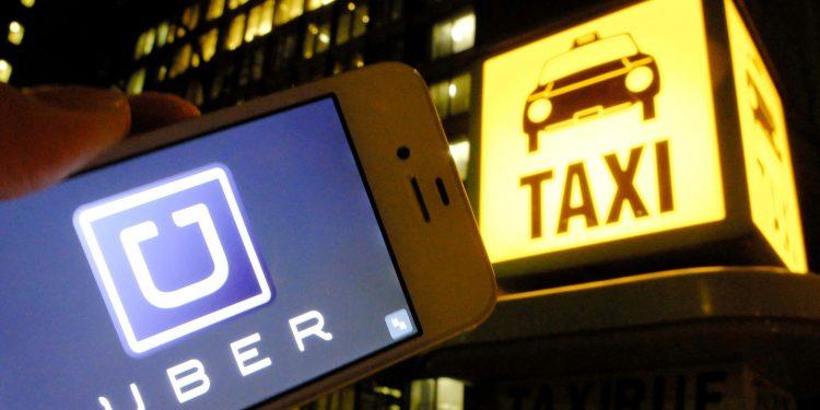 Taxis vs. Uber: la lucha constante