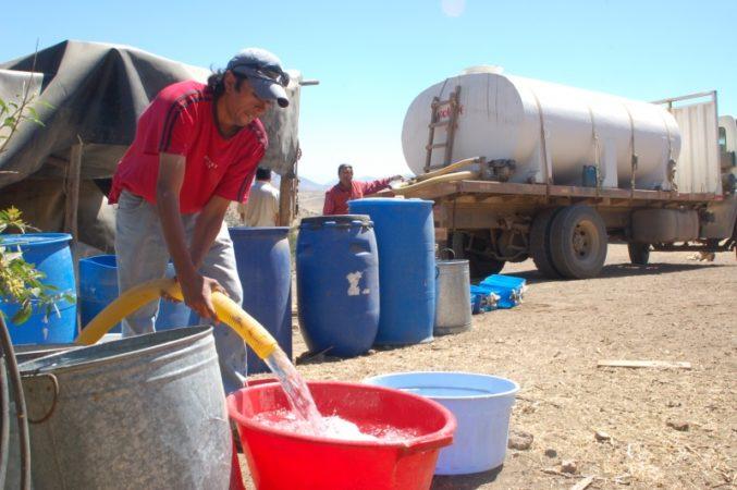 14 mil personas de comunidades mapuche luchan contra la escasez de agua en la comuna de Victoria