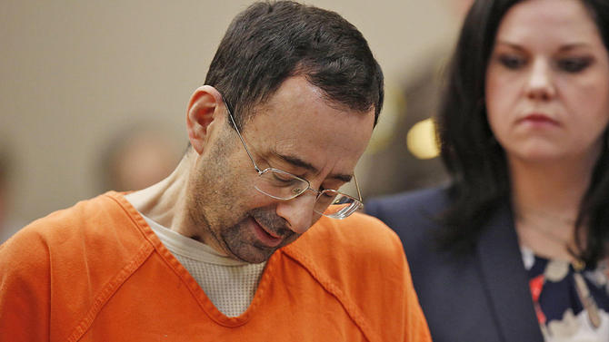 Larry Nassar es sentenciado a otros 125 años de cárcel por abuso sexual