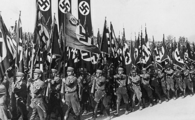 Polonia busca a 1600 nazis acusados de crímenes de guerra
