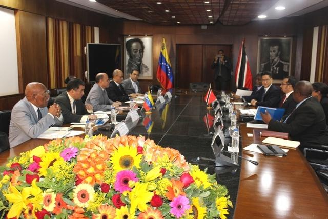 Venezuela afina con Trinidad y Tobago acuerdo de exportación de gas