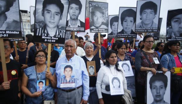 (+Fotos) Fujimorismo apela al chantaje y el soborno para llegar al poder