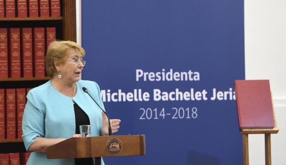 """Académico Álvaro Ramis y su balance del gobierno de Bachelet: """"Lo judicial es lo más vergonzoso"""""""