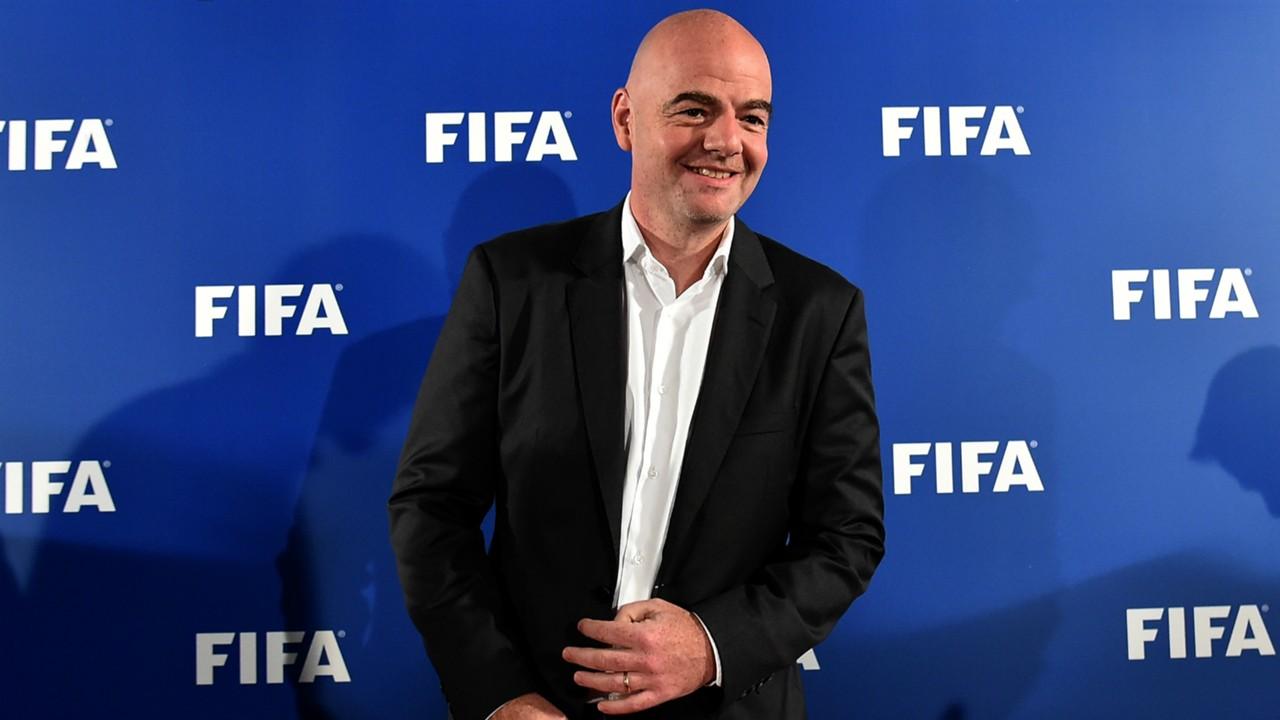 Presidente de la FIFA envuelto en investigación penal por encubrir corrupción