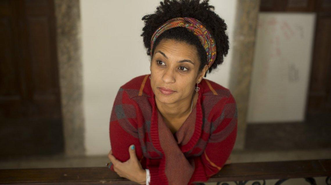"""""""Ser mujer negra es resistir y sobrevivir todo el tiempo"""": Entrevista a Marielle Franco retrata su pensamiento feminista"""